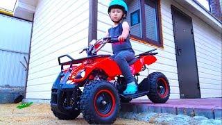 سينيا وفيديو عن السيارات للأطفال