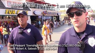 Download Video It is illegal to record in this town: Tyrant alert MP3 3GP MP4
