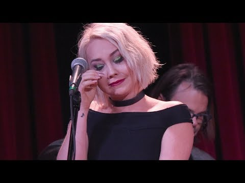 "RaeLynn Reveals How Her Parents Took ""Love Triangle"""