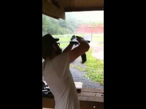 Gangster AK 47