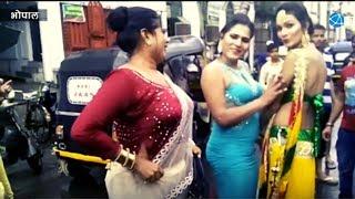 Repeat youtube video Transgenders Celebrating Bhujariya Festival in Bhopal | Hijra | Kinnaro Ka Utsav | MP