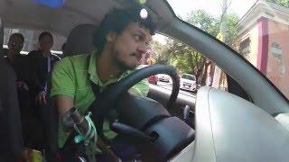 El chófer de Uber sin brazos ni piernas