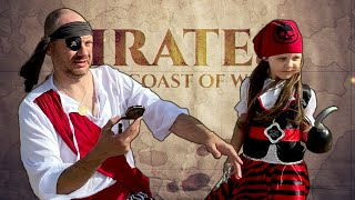 Pirates found real treasure! Miss Elze and dad pretend play pirate treasure hunt