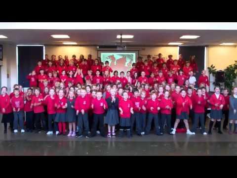 Haka Gymraeg Ysgol Pen-y-Garth Hydref 2011.mp4