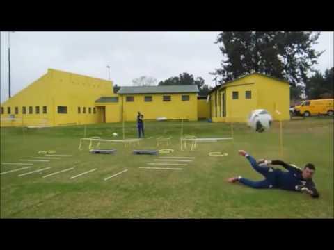 spain-goalkeeper-training-(jon-pascua-ibarrola)
