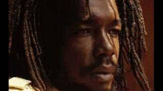 Watch Peter Tosh Rock With Me video