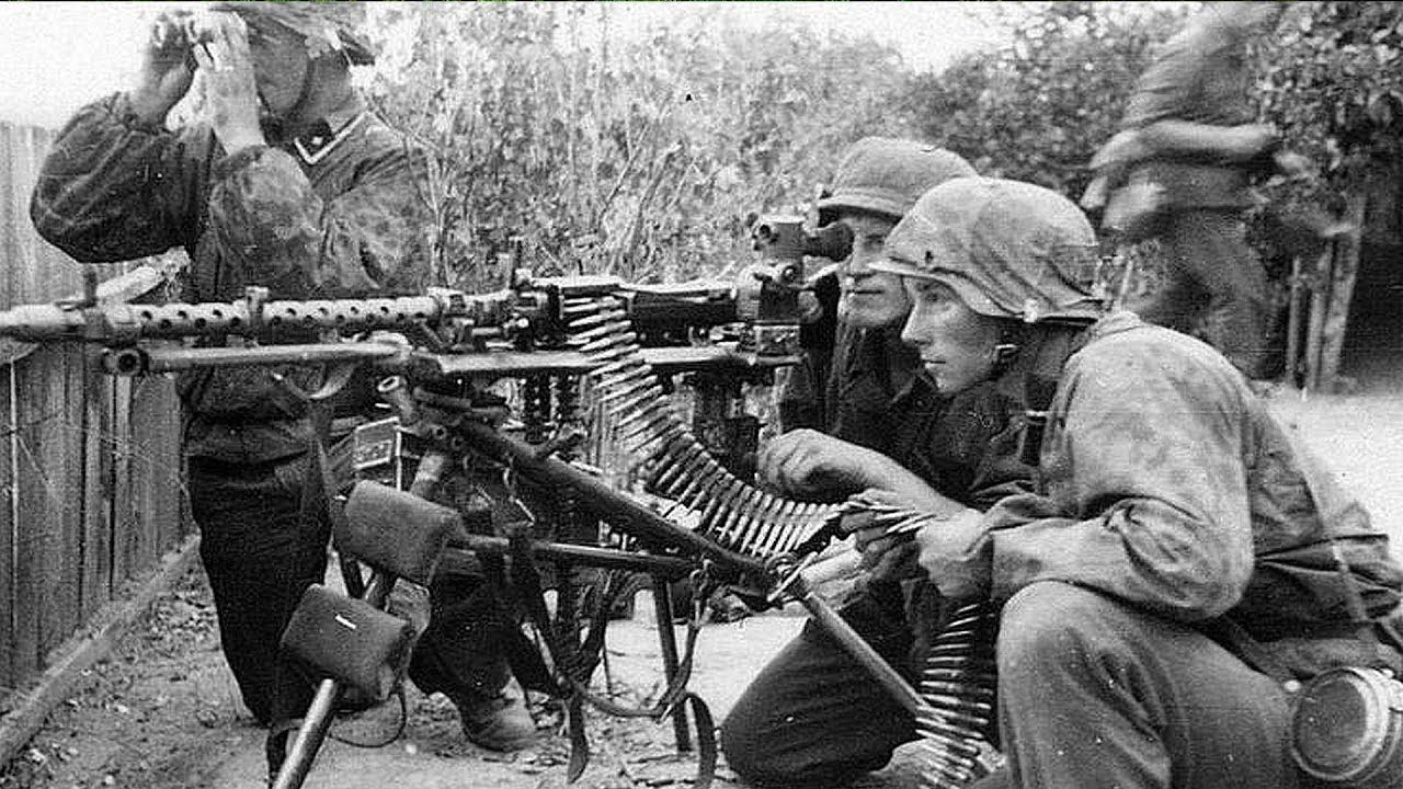 Digging of World War WW2  Сollect German machine gun MG34 in the forest in  parts  Can we?