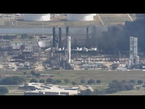 Download Fire still burning at Port Neches plant following explosion