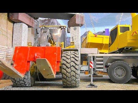 rc heavy transport liebherr ltm 1055 crane in action insanity models youtube. Black Bedroom Furniture Sets. Home Design Ideas