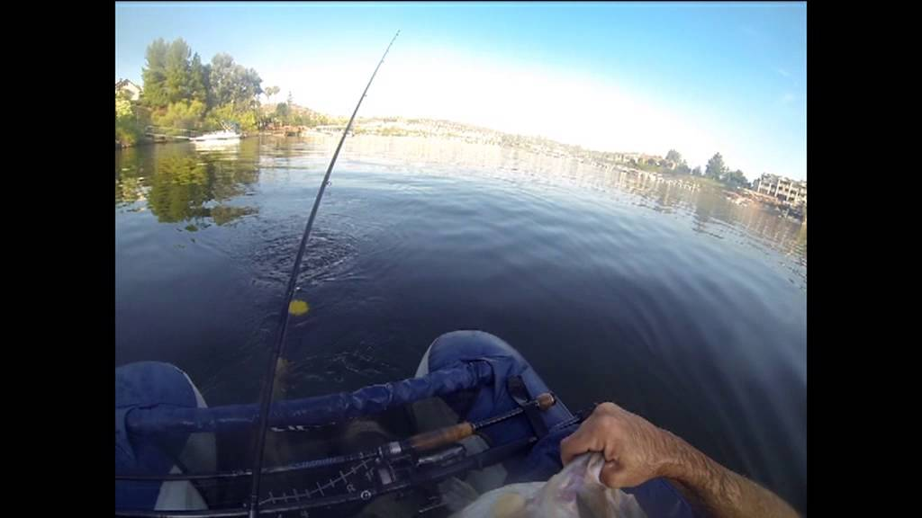10 pound bass fishing at canyon lake youtube for Canyon lake fishing ca