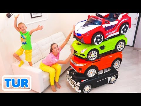 Sihirli küçük sürücü oyuncak arabalara biniyor ve onları dönüştürüyor.