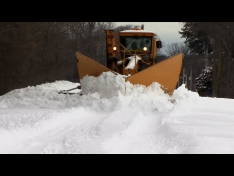 Wisconsin Clears Away Record Spring Snow