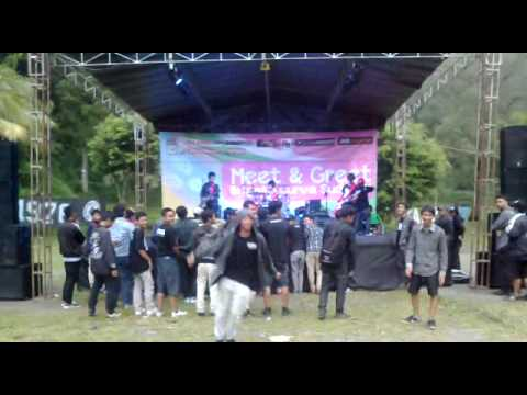 Over Distortion - Sleman Belong To Me (Meet & Greet)