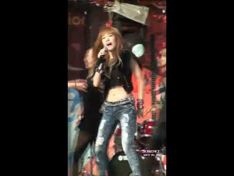 [Fancam] 100821 Jessica SNSD - Tik Tok @ SM TOWN 2010 Seoul