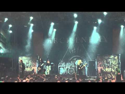 Arch enemy ravenous live youtube - Arch enemy diva satanica ...