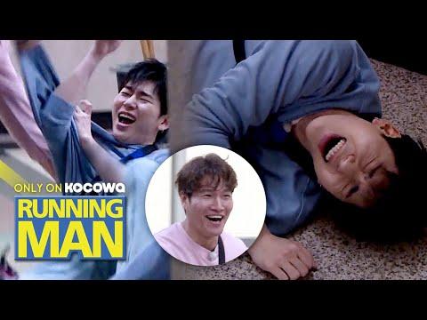 Jong Kook Was Waiting For ZICO To Get Close! [Running Man Ep 496]