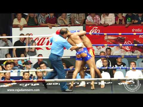 Jitmueangnon Super fight at Rajadamnern Boxing Stadium : PAN PHAYAK VS SAENG MANI