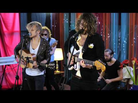 The Royal Concept - Naked & Dumb (Live @ ESNS 2013)