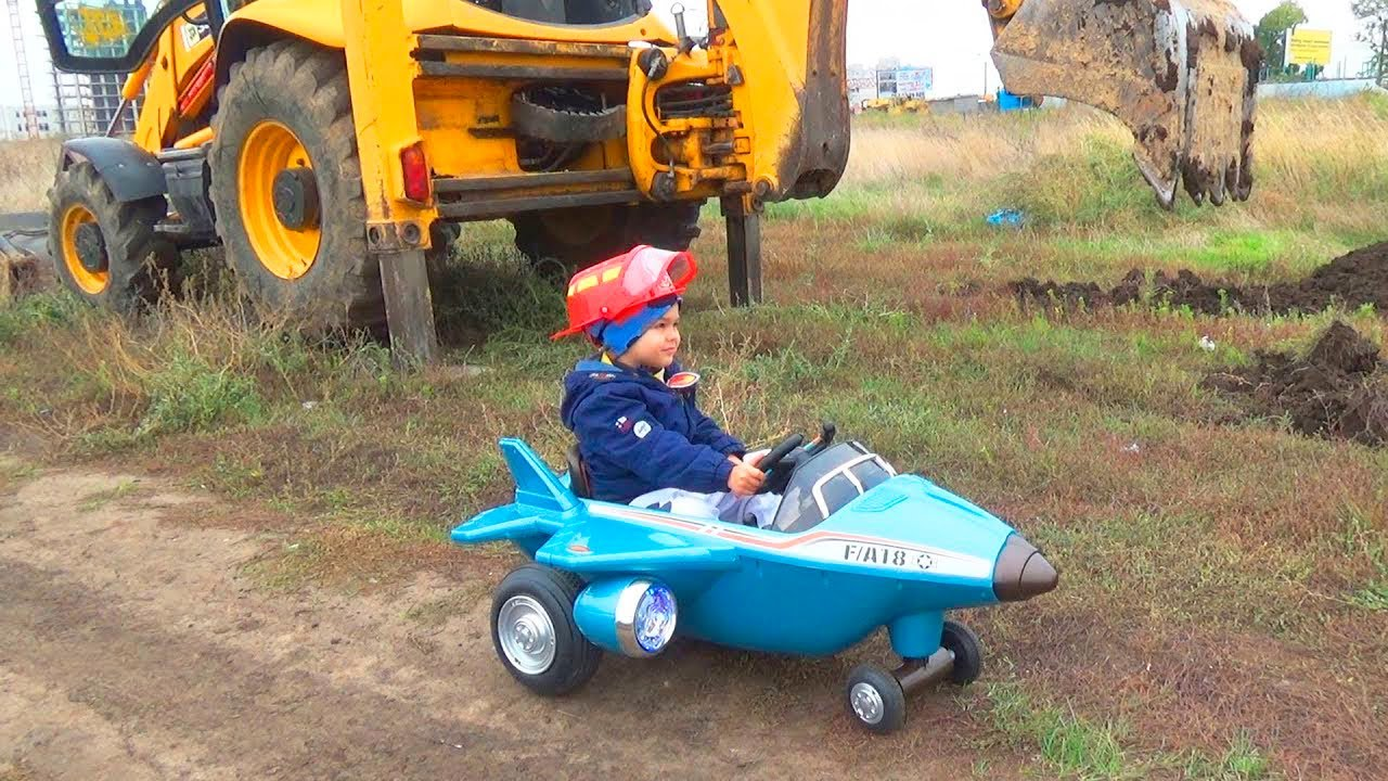 Трактор Зламався - Щенячий патруль Діма допомагае і розпаковуе машинки Tractor