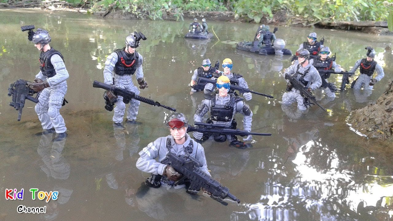 Toys soldiers figure action in water & Military boat