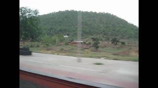 Howrah New Delhi Duronto Express Crosses Parasnath Station at a 110 kmph!