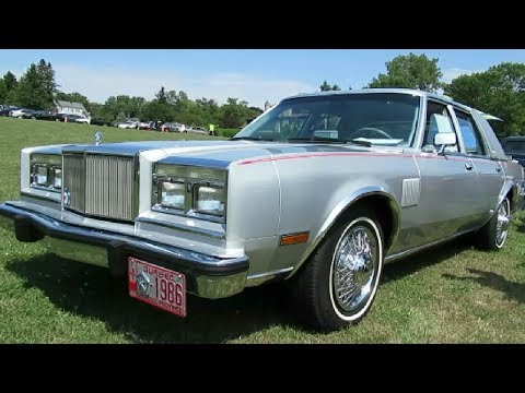 BEAUTIFUL '86 CHRYSLER FIFTH AVENUE IN MONTREAL AUGUST 2018