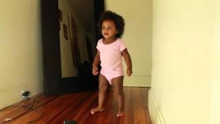 baby dancing gangnam style
