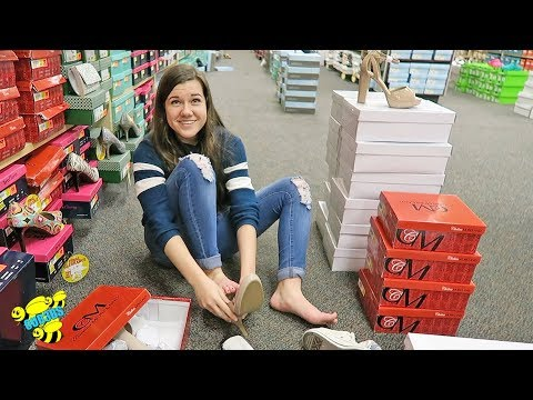 prom-shoe-shopping