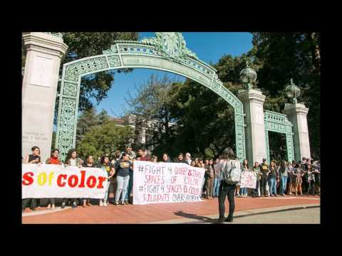 RACIST UC BERKLEY STUDENTS BLOCK WHITE STUDENTS IN PROTEST