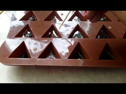How to make orgonite resin pyramids.