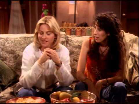 Ellen (1994) - 1x01
