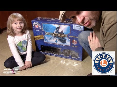 LIONEL Ready-to-Play Polar Express Battery Christmas Train Set | Opening & Review w Violet
