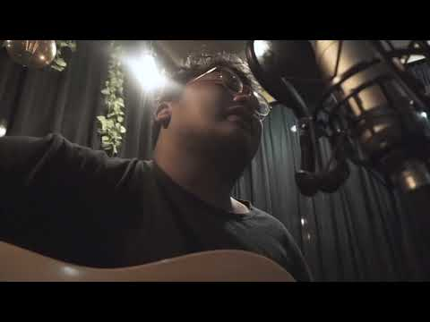 Rio Satrio - Senja Diaksara Bintang (Live Version)