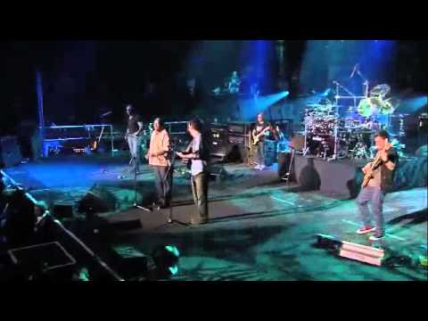 """Vusi Sitting in w/ Dave Matthews Band on """"Everyday"""""""