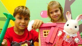 Çocuk videoları. Sylvanian families Tavşan evi kırılmış