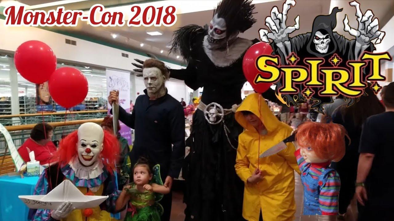 Spirit Halloween | Monster Con 2018 | Party in Wonderland Mall