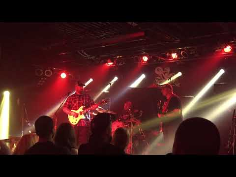 OTHERS EYES STAR BLIND AND FEARLESSLY MAGNETIC - LOVE TURNED TO GREY LIVE 8-26-17