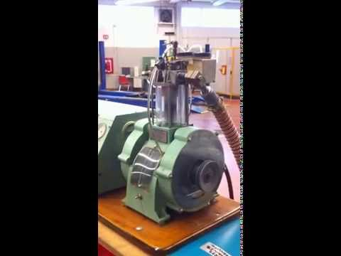 Glass internal combustion engine - See the inside of a cylinder firing!