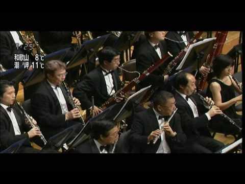 Eiji Oue conducts Leonard Bernstein