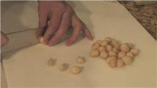 Cooking Techniques : How To Toast Macadamia Nuts