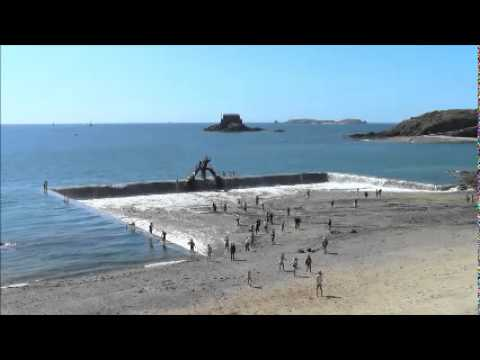 Remplissage de la piscine bon secours st malo youtube for Caen la mer piscine