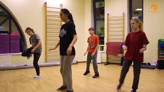 Видеоуроки: учимся танцевать с ребенком