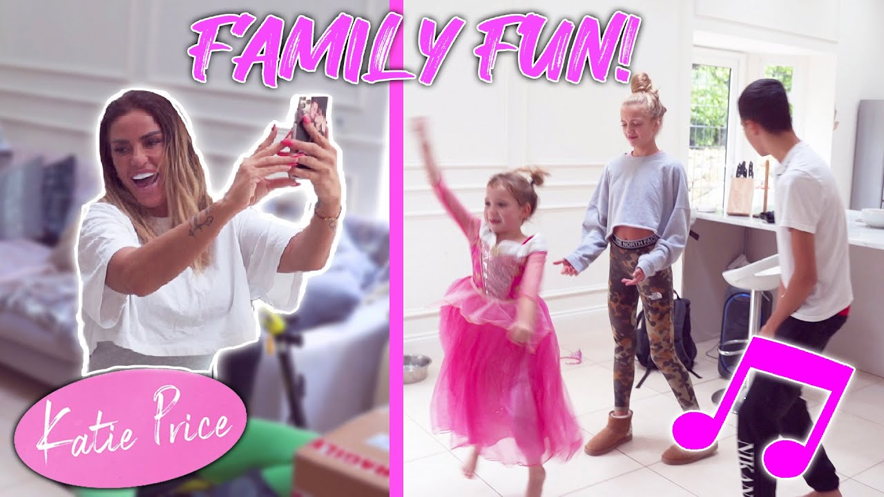 KATIE PRICE: FAMILY MADNESS! (FUNNY!)