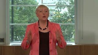 Angela Eagle challenges Jeremy Corbyn for Labour leadership