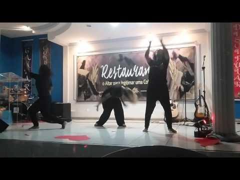 Meninas dança que lindooo COI do avivamento casa de oração itarare