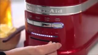 Video: KitchenAid Toustovač Artisan 5KMT2204EMS stříbřitě šedá