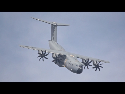 Airbus A400M Grizzly Atlas flying Display at RIAT 2016 AirShow EC-406