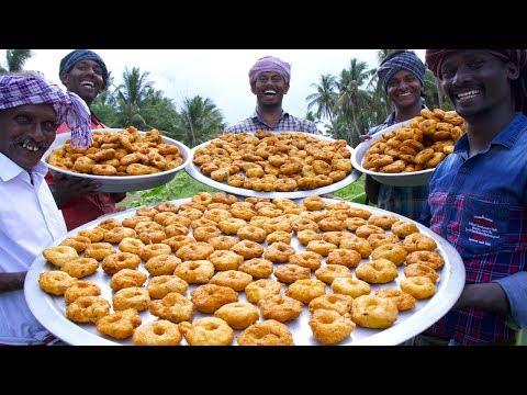 VILLAGE DONUT !!! Tamil Traditional Snacks Ulunthu Vadai   Cooking Crispy Medu Vada Recipe