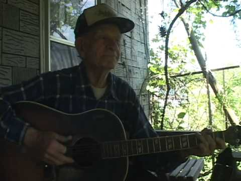 Spencer Moore sings Cumberland Gap