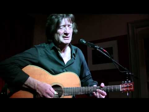 Chris Smither - Leave The Light On (live)